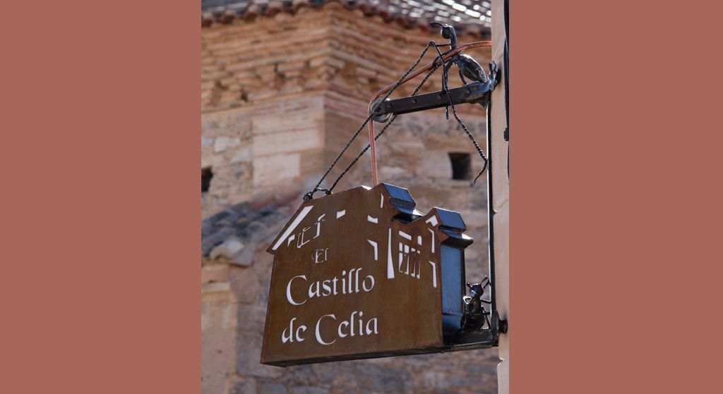 Castillo Celia CABECERA